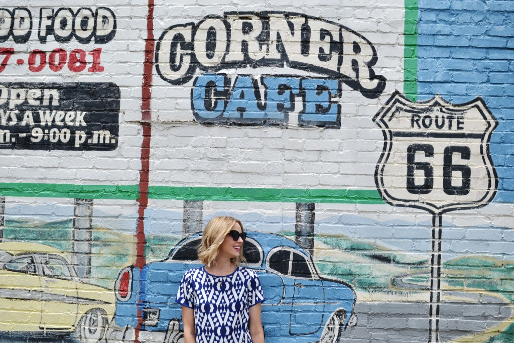 the shopping bag, courner cafe route 66