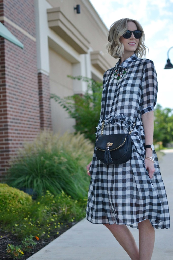 chicwish gingham dress, red reticule necklace, tassel purse