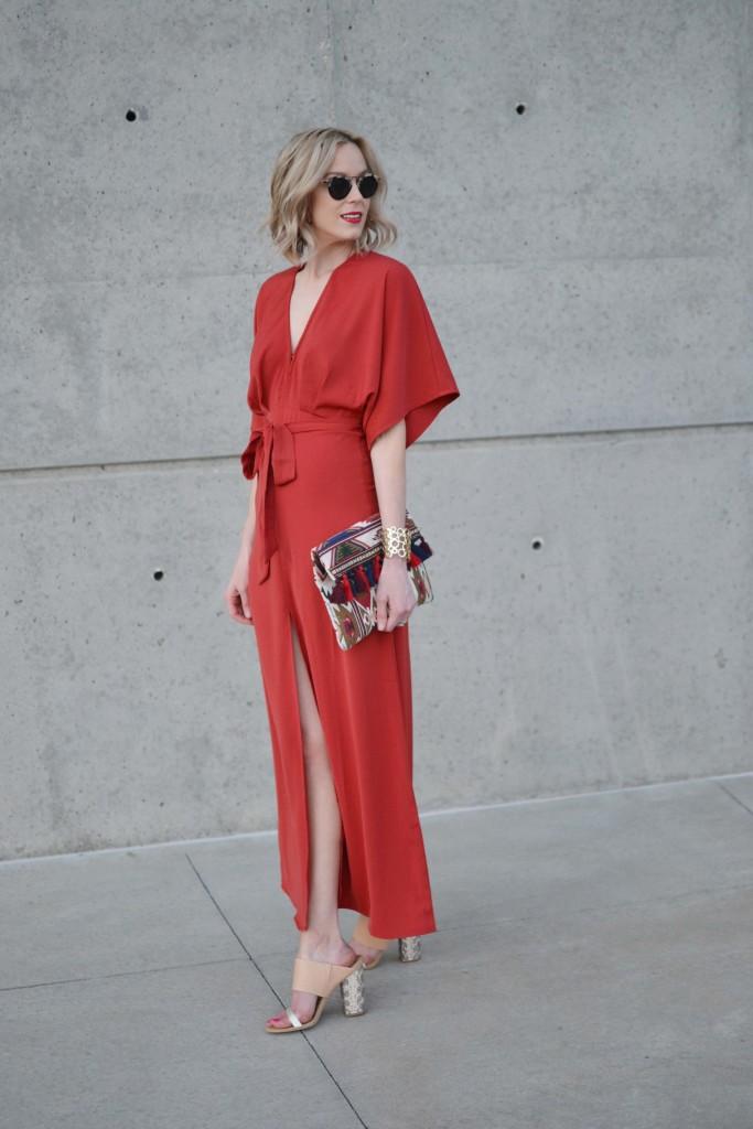 LuLu*s rust maxi dress, tan mules, fringe clutch