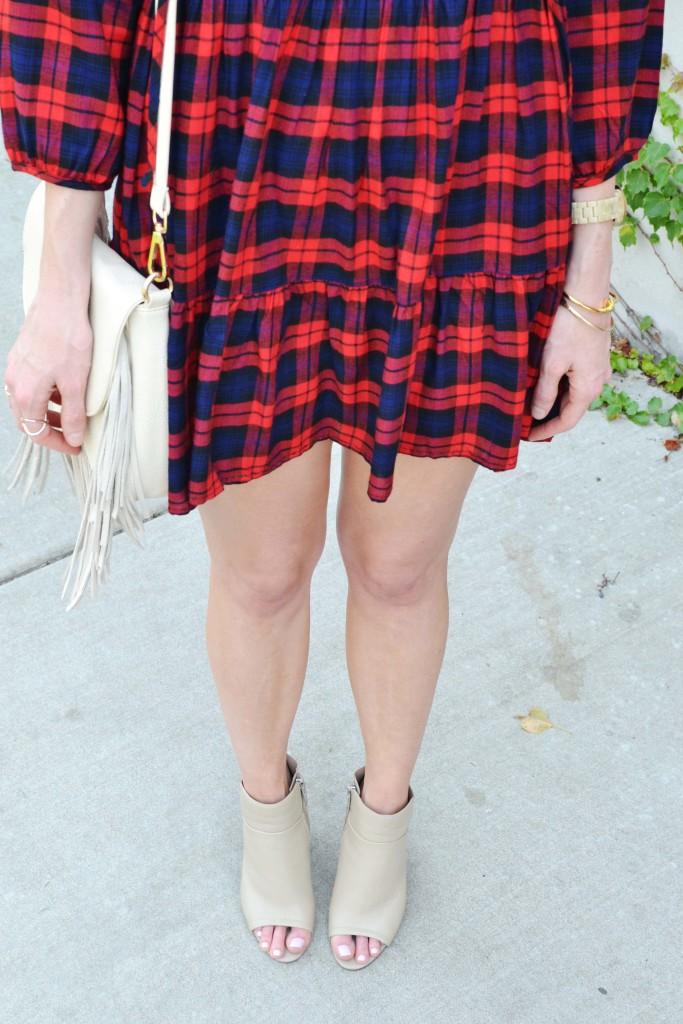 plaid dress, fringe bag, bboties