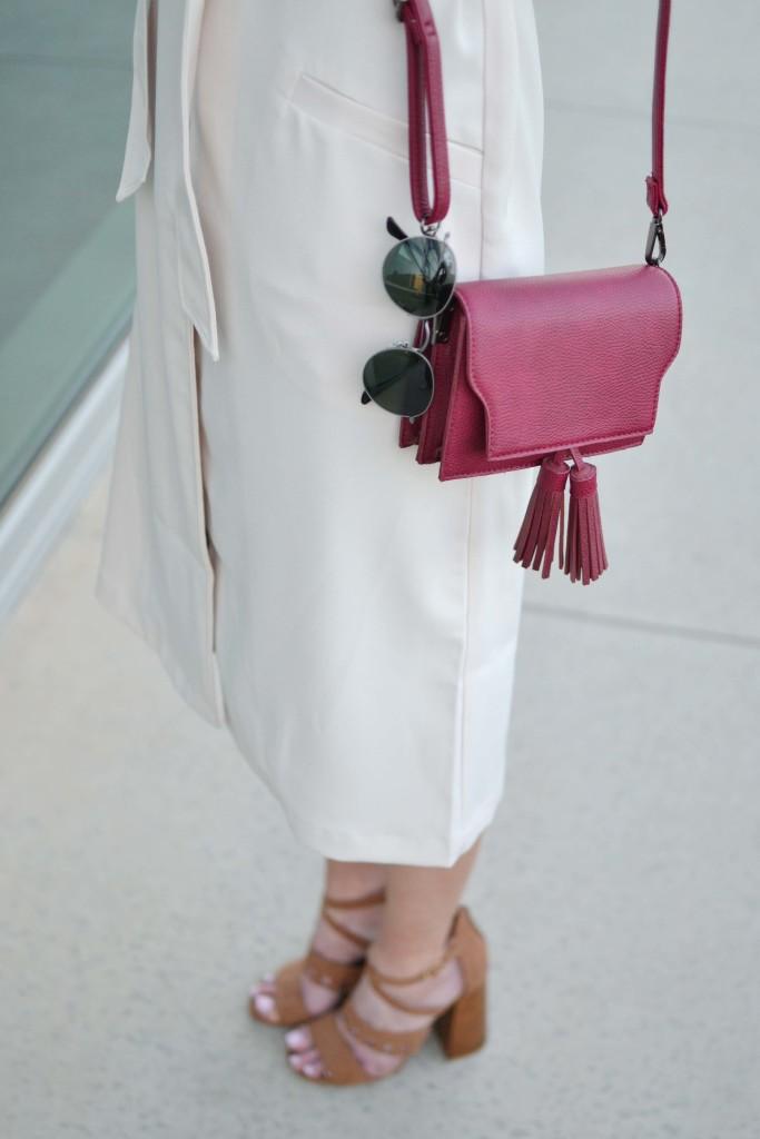 LuLu*s sleeveless vest, maroon bag, 70s heels, round ray-bans