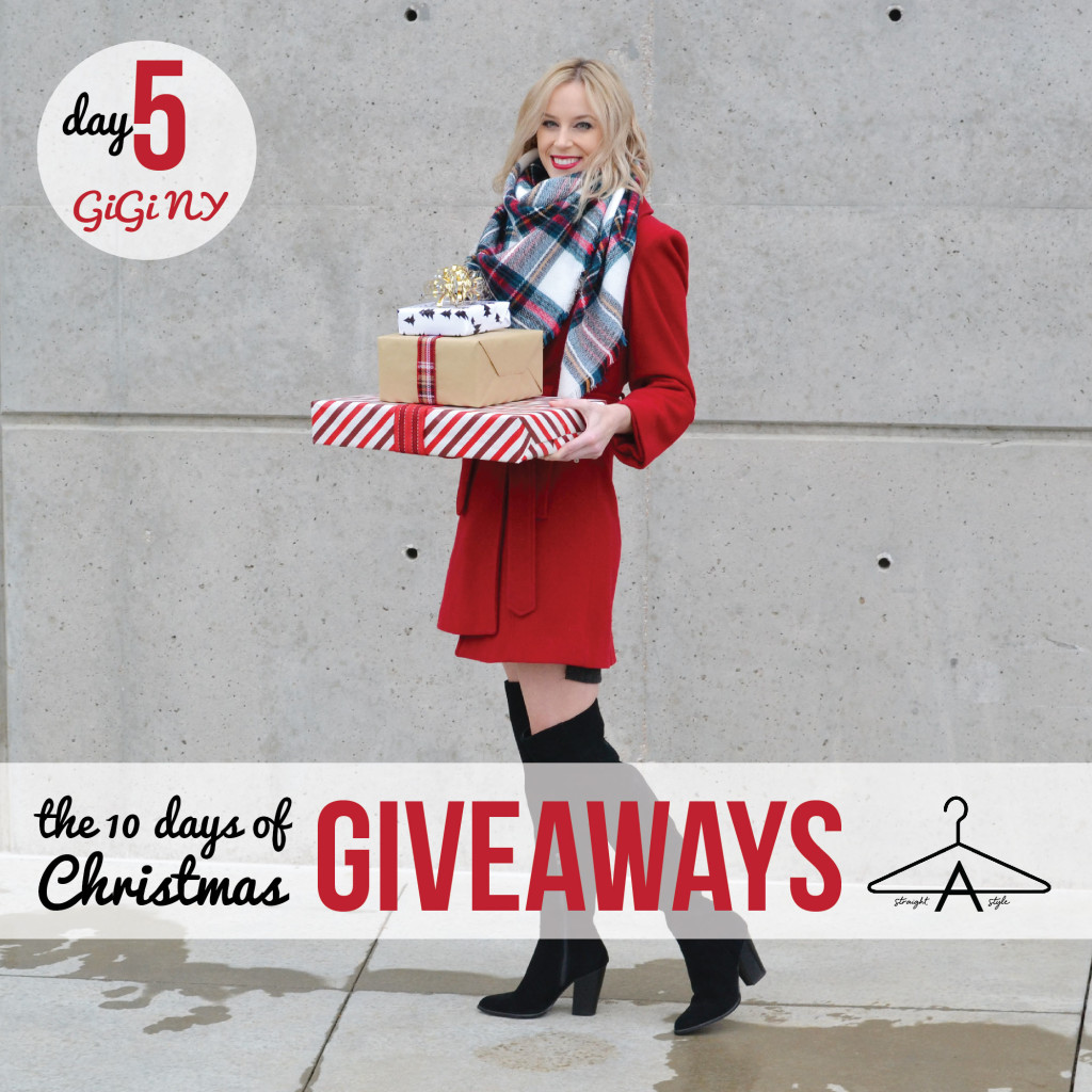 Christmas giveaways photo with days-01