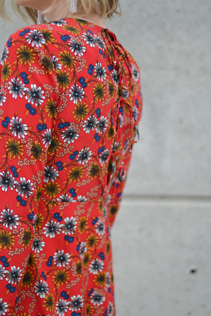 WAYF retro daisy floral dress tie back