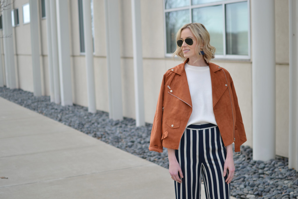 wide leg high waisted striped pants, ruffle sleeve top, 70s style, retro, chloe dupe bag. ray-ban aviators, suede boots, spring 2016 trends, suede moto jacket
