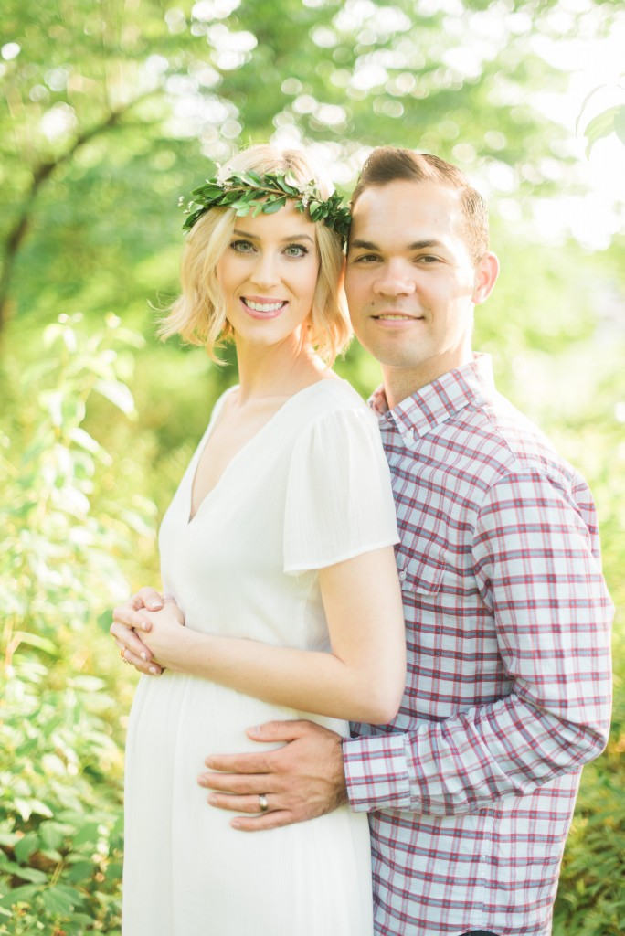 Straight A Style Blog maternity announcement photos after infertility and IVF