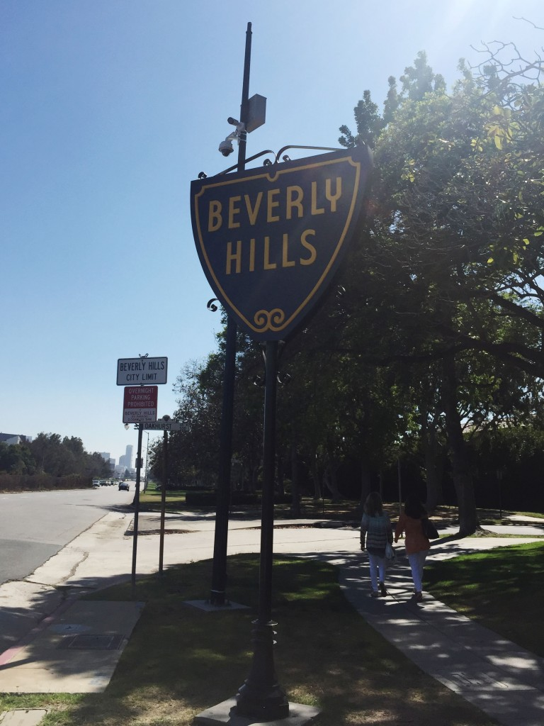 Los Angeles travel diary beverly hills sign