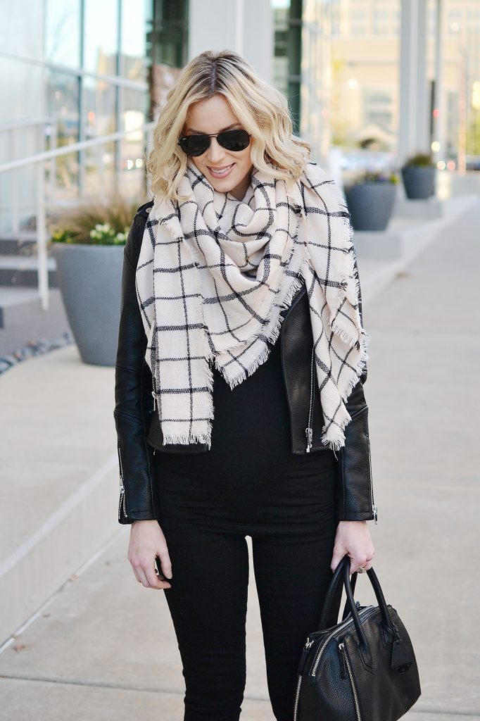 all black outfit, lace up top, black jeans, stylish maternity outfit, fall outfit idea, blanket scarf