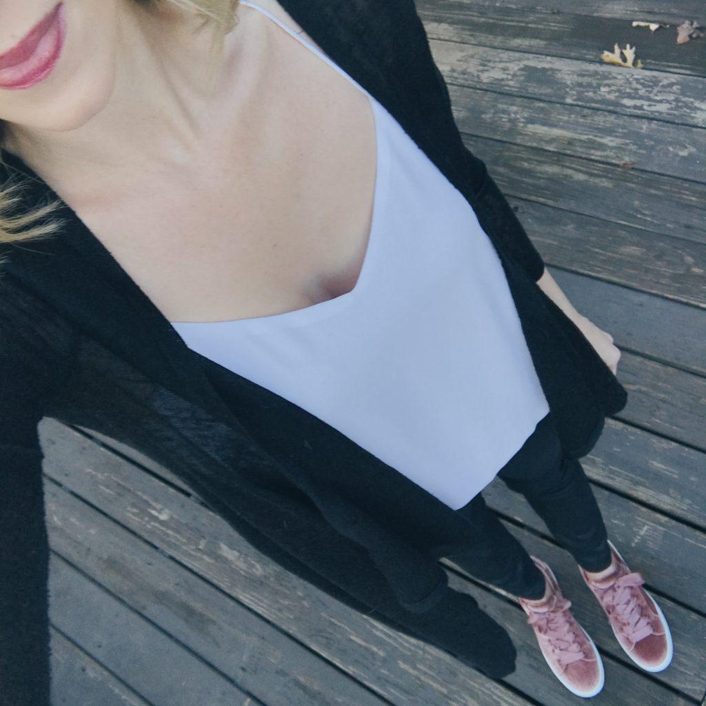 easy mom style, coated denim, velvet sneakers, duster cardigan