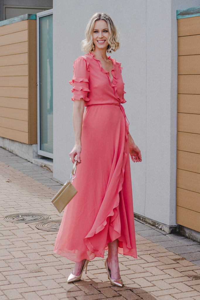 coral and gold pairing for fancy occassions