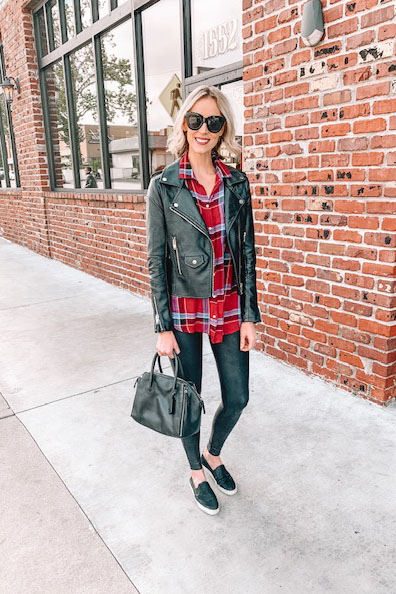 how to style Spanx leather leggings casually