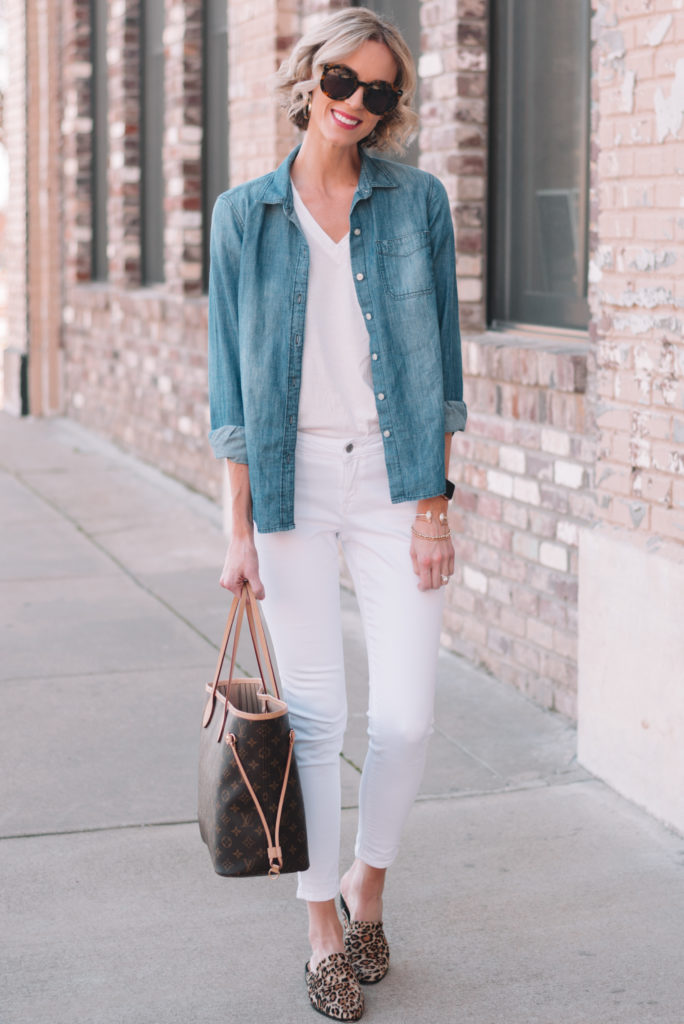 how to wear a chambray top, chambray top as an outer layer