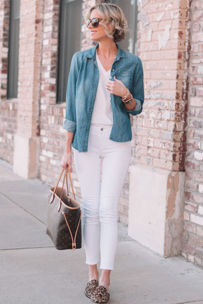 white jeans and white t-shirt with chambray top as layer, leopard mules, how to wear a chambray top
