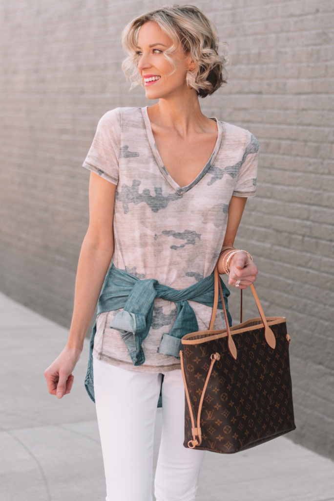 spring outfit ideas that can be mixed and matched, mini casual capsule wardrobe