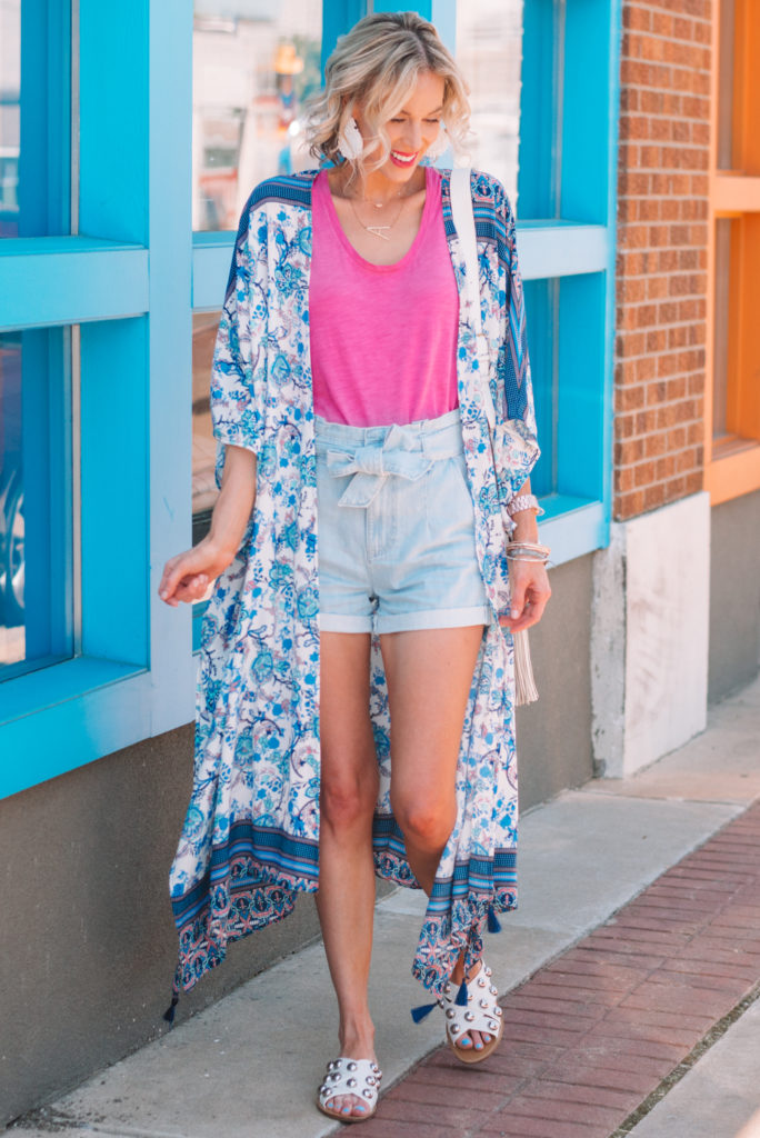 kimono and shorts for the summer, how to style shorts