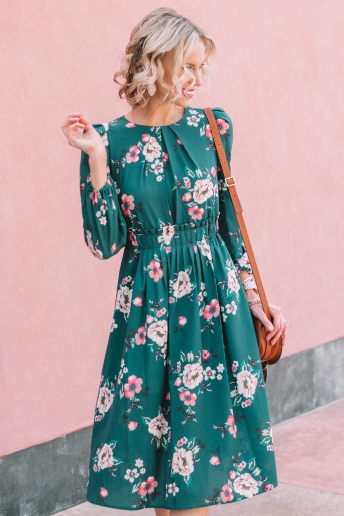 gorgeous dress detailing