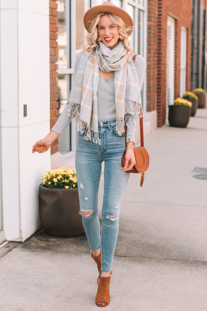 the perfect fall accessories, how to accessorize for fall