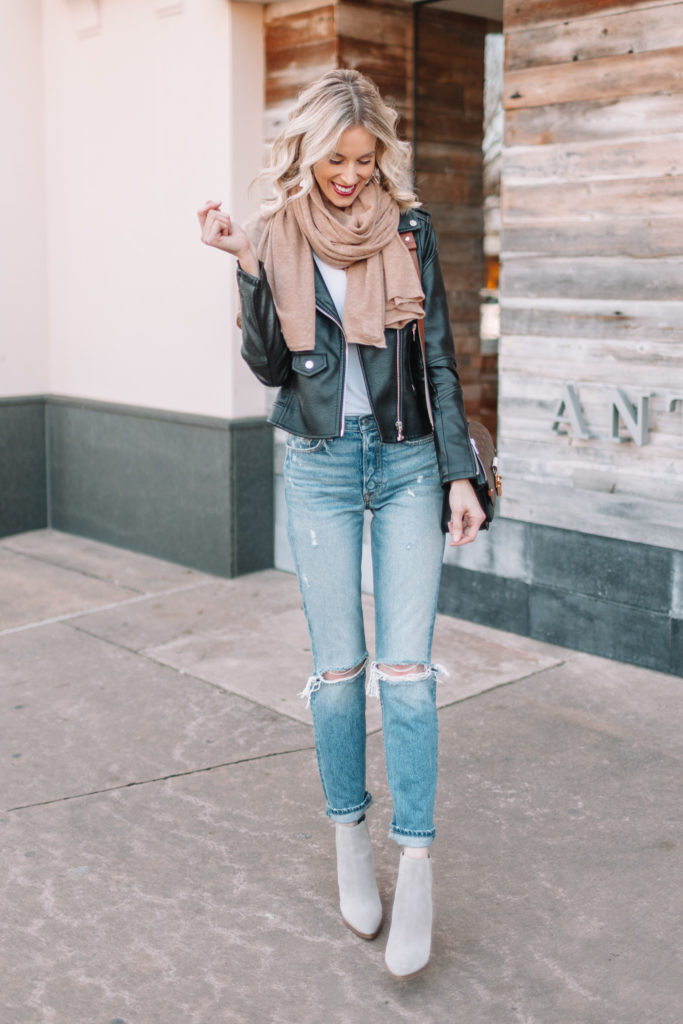 how to wear cropped jeans when it's cold, straight leg jeans with boots and moto jacket