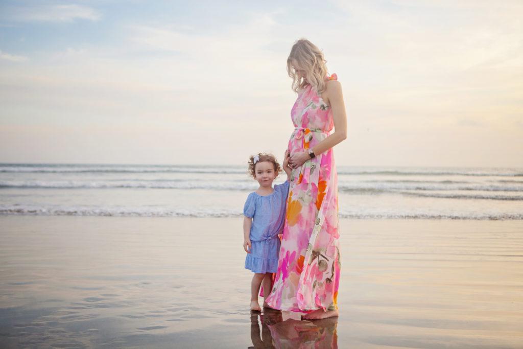 baby announcement photos, gender announcement photos, beach maternity photos
