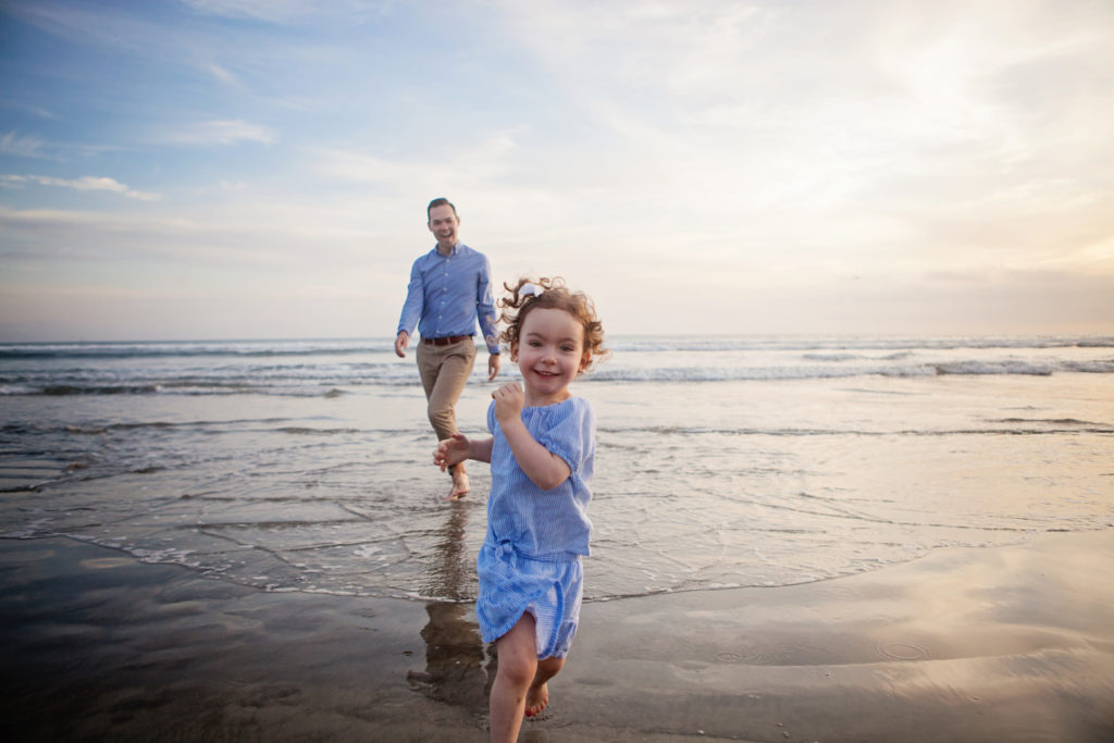 father and daughter beach photos, father and daughter photography