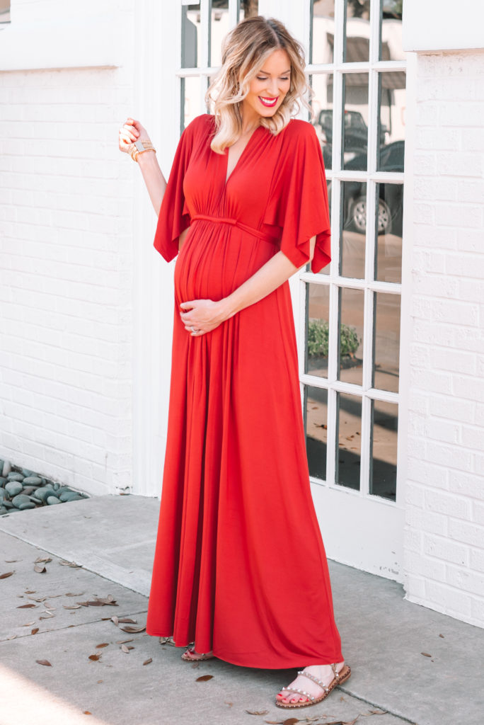 best maternity dress for photoshoot or baby shower, maternity photos, dress for maternity photoshoot, long maternity dress, flattering maternity dress