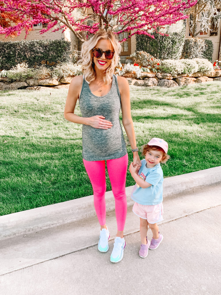 maternity activewear outfit, maternity work out wear