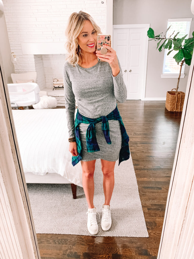 Wondering how to style your flannel shirt and get more wear out of your closet? Click to get three broad outfit ideas for styling a flannel shirt.