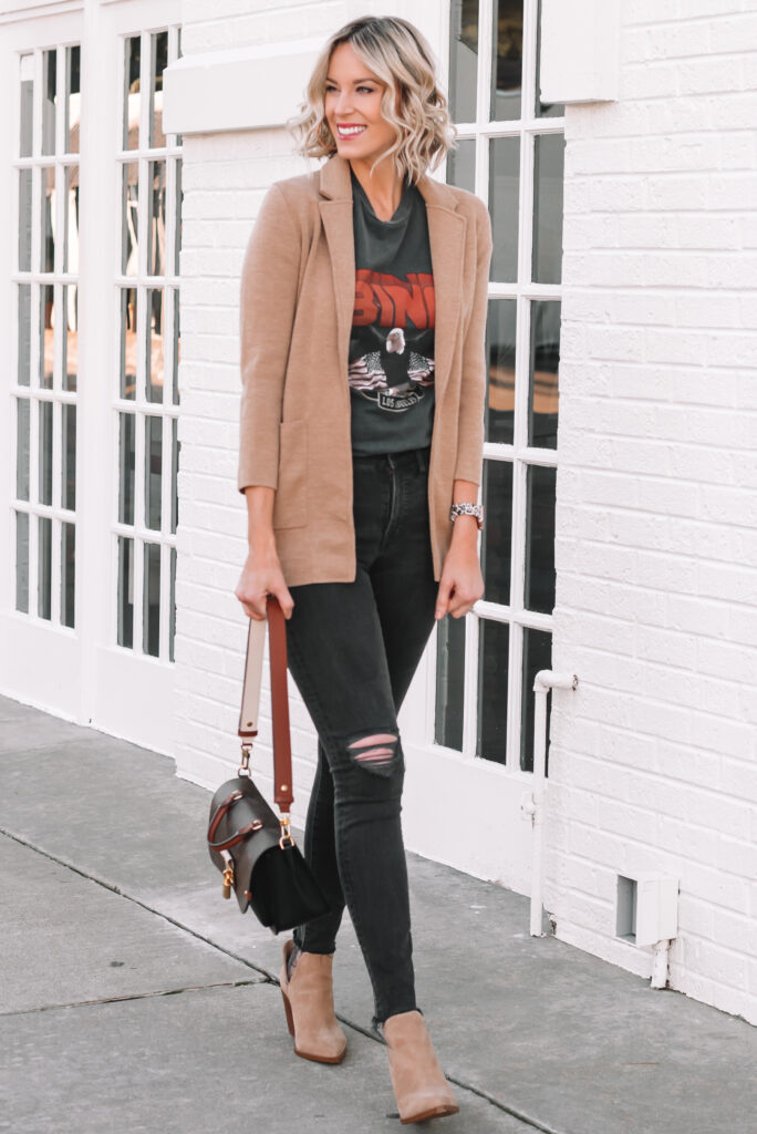 I am in love with this classic sweater blazer! It's a wardrobe staple and super versatile.