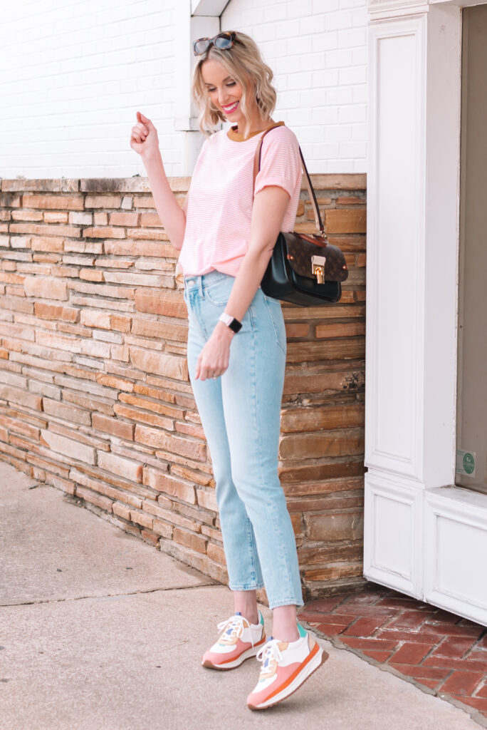 Are skinny jeans really out? Dishing on all the jean trend for 2021 and sharing some straight leg jeans I am loving!