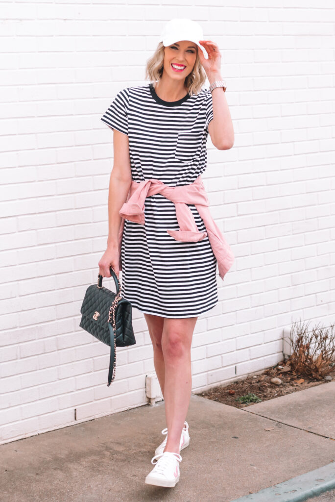 This casual and cute $10 striped t-shirt dress is sure to become your closet best friend! Click to read how to style it 6 ways from winter to summer!
