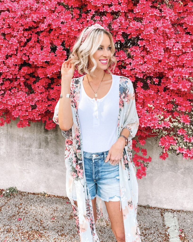 I am excited to be sharing a post all about the best long jean shorts for moms and women today on the blog! Everything is super affordable too!