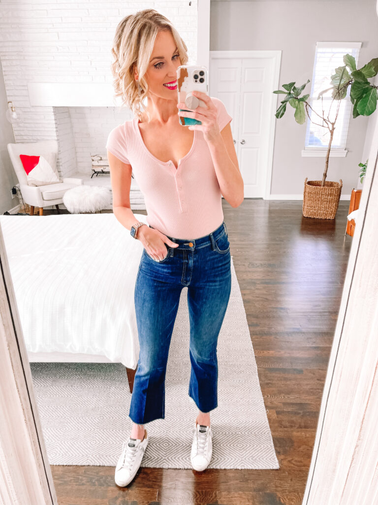 Looking for a pair of jeans that aren't skinny to mix up your wardrobe? I'm sharing all the best straight and crop flare jeans out there.