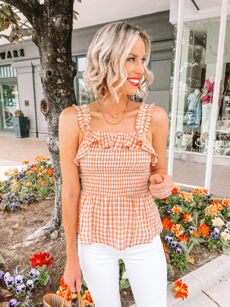 The neckline on my smocked ruffle tank top is perfect to show off these fun Kendra Scott necklaces.