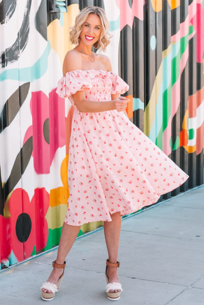 How cute is this dress for summer?!