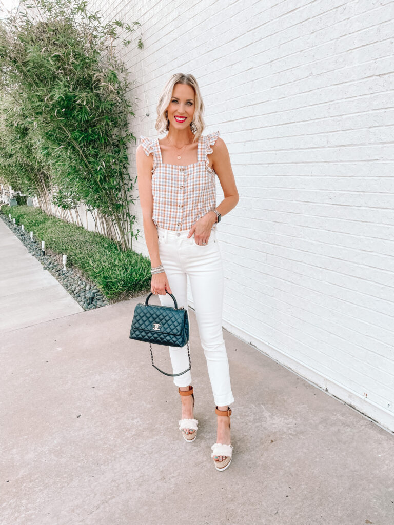 Are you on the hunt for the best white jeans? I've got you covered with options in a straight leg white jean, a distressed white jean, and a classic skinny white jean.