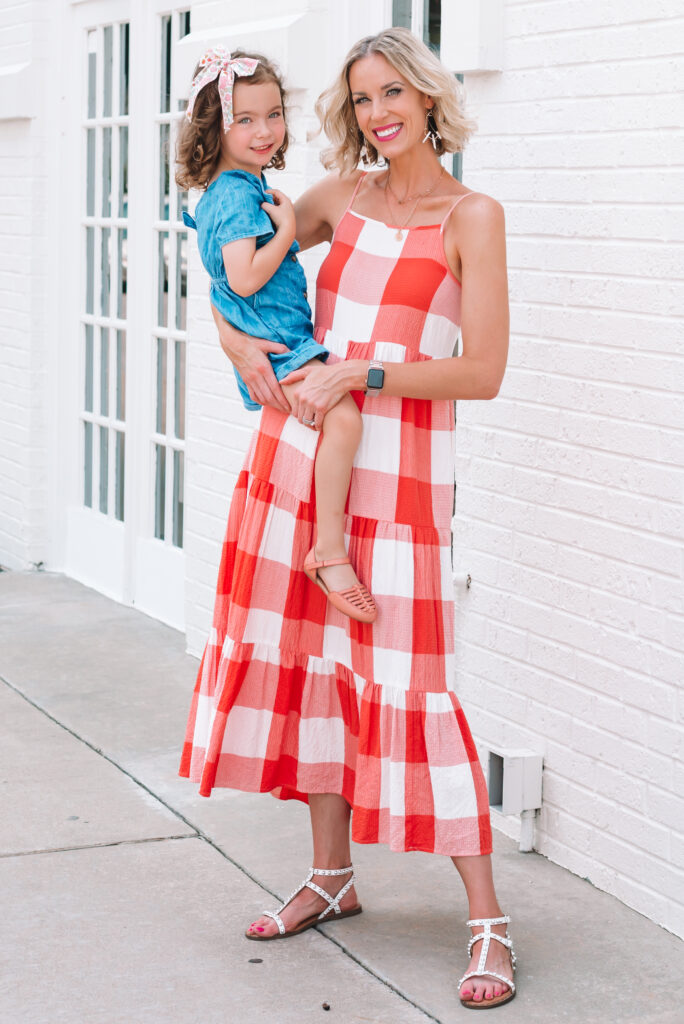 I am loving this adorable gingham midi dress for an easy summer outfit!