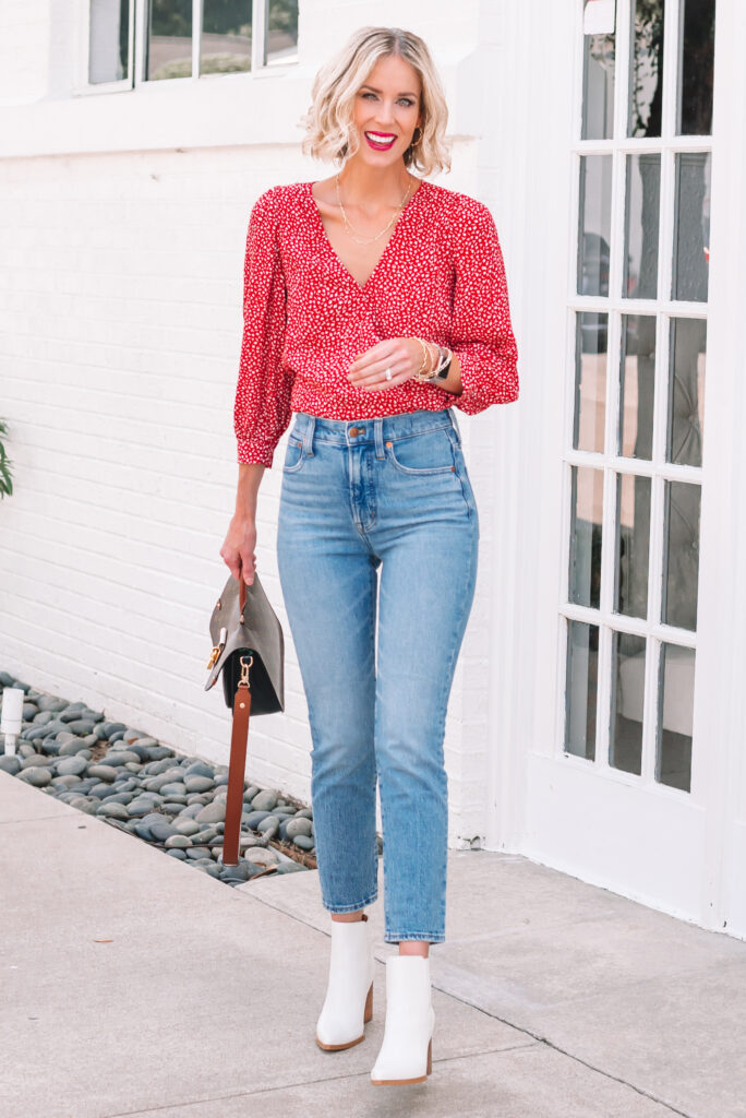 Are you looking for the perfect slim straight jean? Then you'll want to read this perfect vintage jeans by Madewell review!