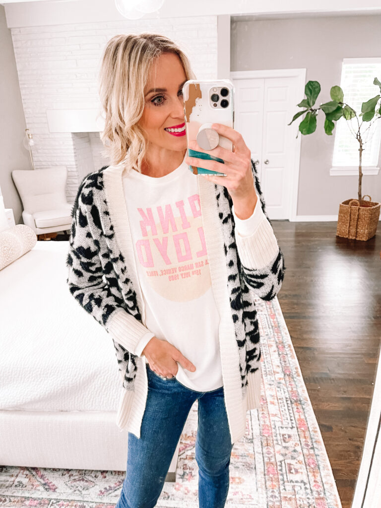 I'm obsessed with cozy leopard cardigan!